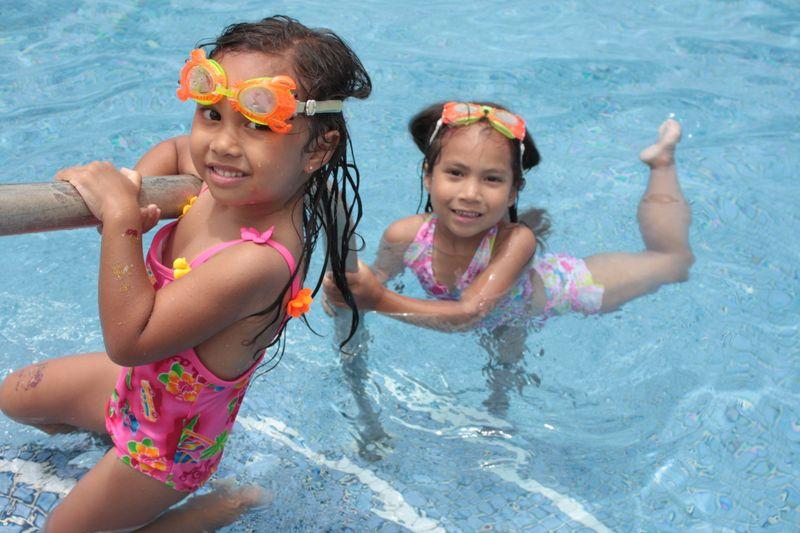 Pool playday 061309 003