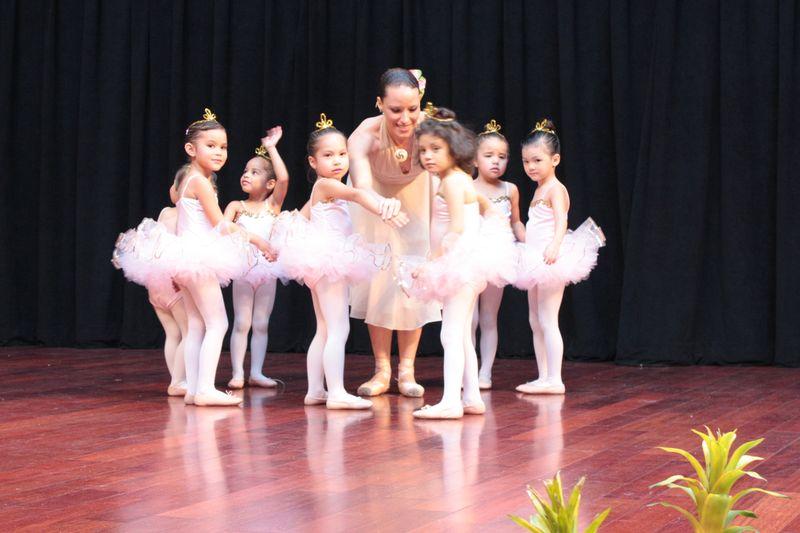 Dance_041009 054